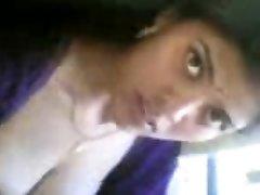 super-cute indian dame nude