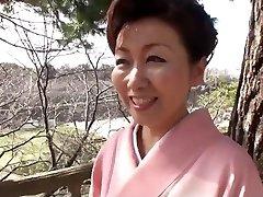 39 yr old Yayoi Iida Gulps 2 Explosions (Uncensored)