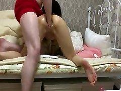 זעיר נערה יפנית קשה כפולה, פיסטינג