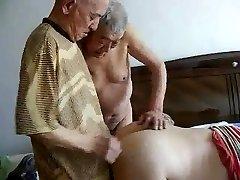2 grandpas fuck vectētiņš
