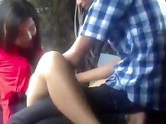 Myanmar Pareja Haciendo el Amor en el Parque