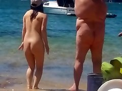 Āzijas meitene pie nude beach Sidnejā 2. daļa