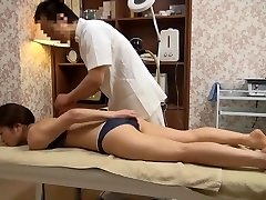 Delicate Wife Gets Perverted Massage (Censored JAV)