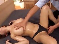 Crazy Japanese slut Mako Oda in Amazing Cunnilingus, Amateur JAV vid