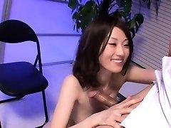 Grda Asian dekle z njo majhne joške titty jebe