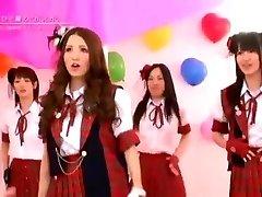 Japán Meztelen Lányok Zenekar