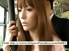 Miho Maeshima Chińska dziewczyna dostaje ładunek spermy na jej okulary