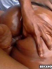 sexy big booty slut gets fucked