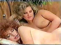 Thick-dicked tranny makes her sexy girlfriend feel really excited