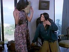 La Sorella Di Ursula Sapphic Scene