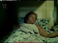 [पुराने] Demea मार्च करते 1981 - 01 - कार्यालय मेज.मुझे