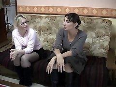 गंदा फ्रेंच किशोर समलैंगिक कार्रवाई में