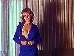 LAAT DE LIEFDE DOOR te KOMEN - vintage striptease muziek video