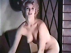 MISSCHIEN - vintage blonde striptease kousen handschoenen