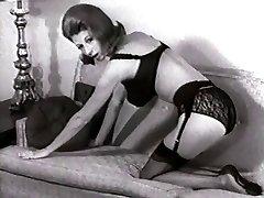 SOFA STRIP - vintage nylons stockings striptease massive cupcakes