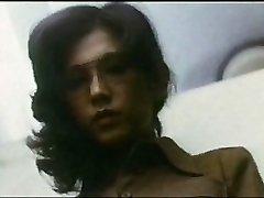 Lady Teacher : Boy Hunting (1975)
