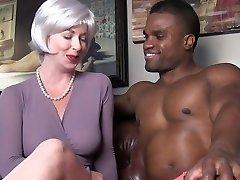 sexy milf tempts black stud