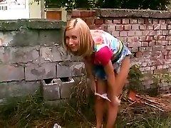 Urinate Mania 42