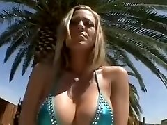 Gena Eve Enormous Pussy Lips