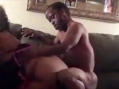 AmateurHorny.Sexy Bbw drilled hard by a Midget