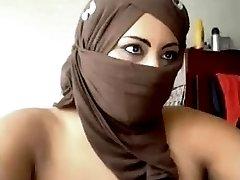 Hijaab lady