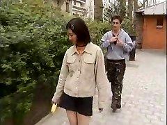 Kórejský študent šuká západnej vtáky -1