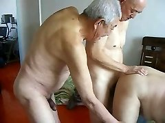 2 grandpas kurva děda