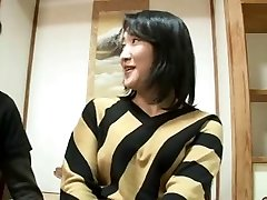 44yr old Japanese Mom Squirts and Creampied (Uncensored)