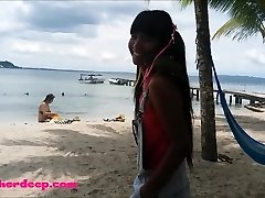 Ameteur Lil' Teen Heather Deep at the beach give gargle