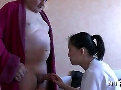 Youthfull nurse blows an old dude