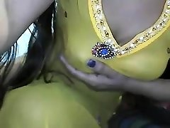 desi indian big bumpers showing on cam