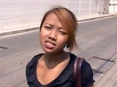 Amatérske Thai Cuties jane 19yo