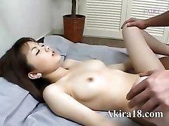 Japanse meisje likken super harige kut