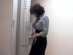 Naughty asian slut fucked by massagist in spectacular voyeur movie