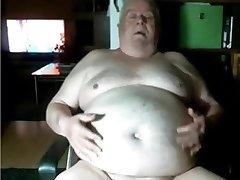 grandpa play on web cam