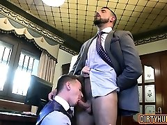Muscle gay anal lovemaking with cumshot