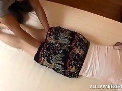Aoi Aoyama verführerische heißen Reifen Asian babe in hardcore-action