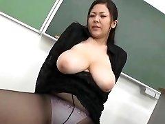 纪樱井-日本的性感的老师