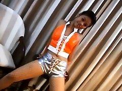 Karstā Chicka Filipina Rāda Viņas Saspringto Muca