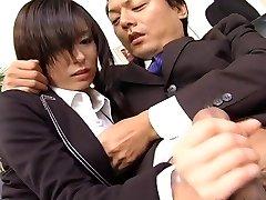 Secretary whore Satomi Maeno blows cock uncensored