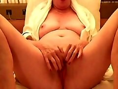 Grandmother with uber-sexy vag