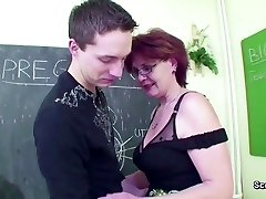 Mature College Teach display Young Boy How to Fuck right