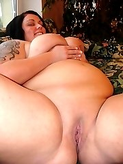 The best big babe ass around likes to get fucked!