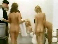 vintage furry shower 002