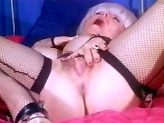 Horny porn industry star Candy Samples in incredible masturbation, antique sex movie