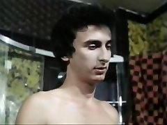 5 Tytöt heiss wie Lava (1978)