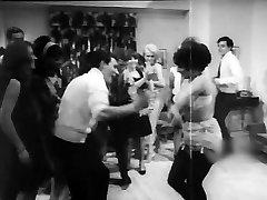 Strana obrací horké! (1968 softcore)