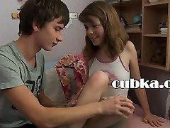 húngaro de adolescentes e adolescentes do sexo