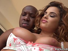 Sexy white Keisha takes BBC deep in her tight ass