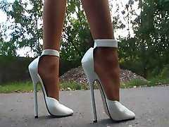 LGH - German Pantyhose + High Heels Outdoor